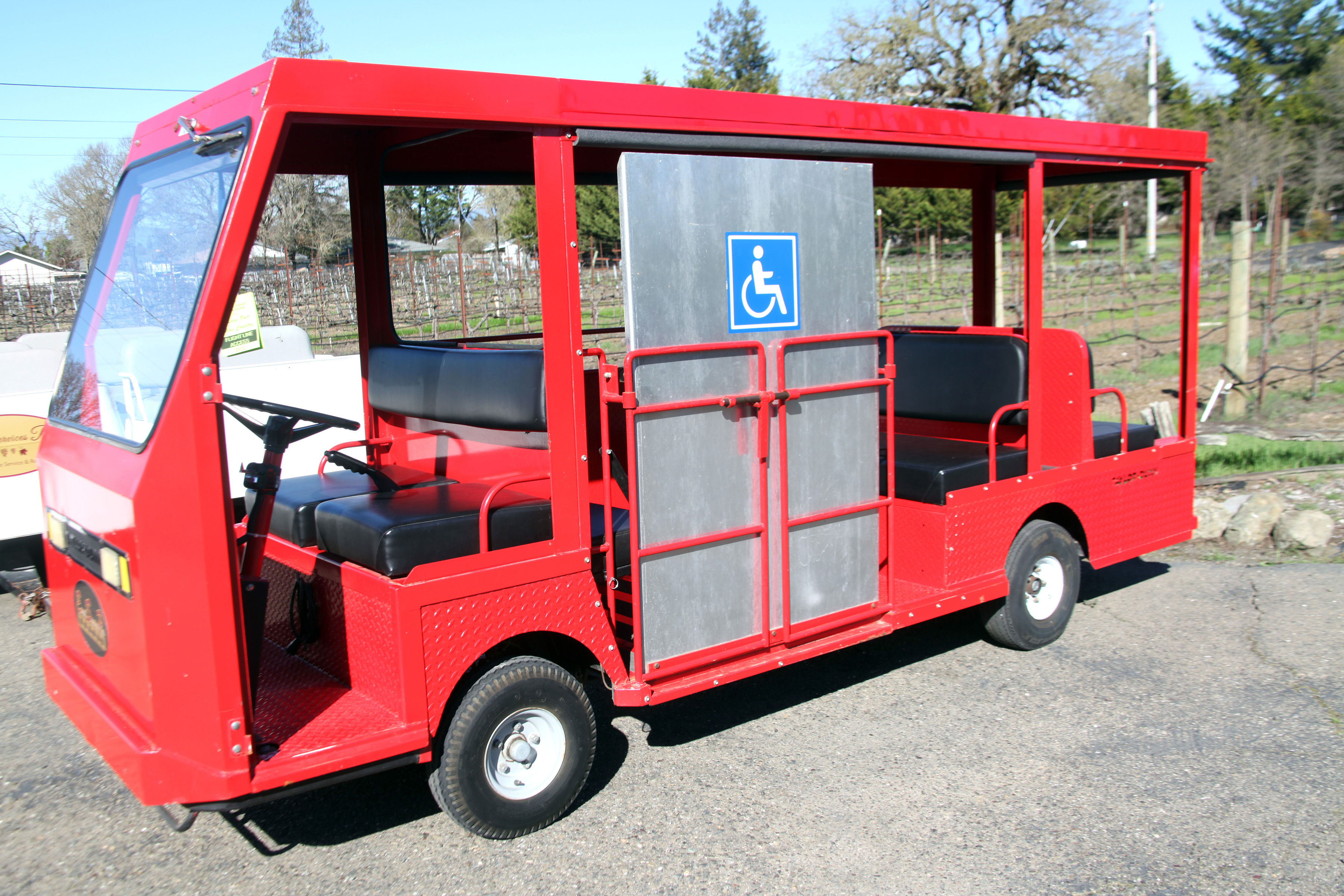 6-8 Seat Wheelchair Shuttle